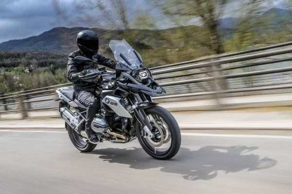 BMW R 1200 GS Triple Black_off road_MilanoPlatinum