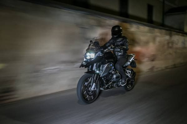 BMW R 1200 GS Triple Black_prova_MilanoPlatinum
