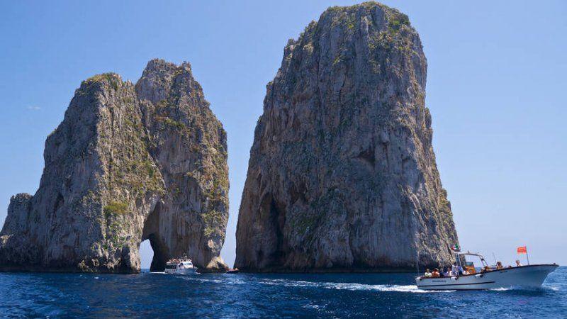 Capri by the sea 01
