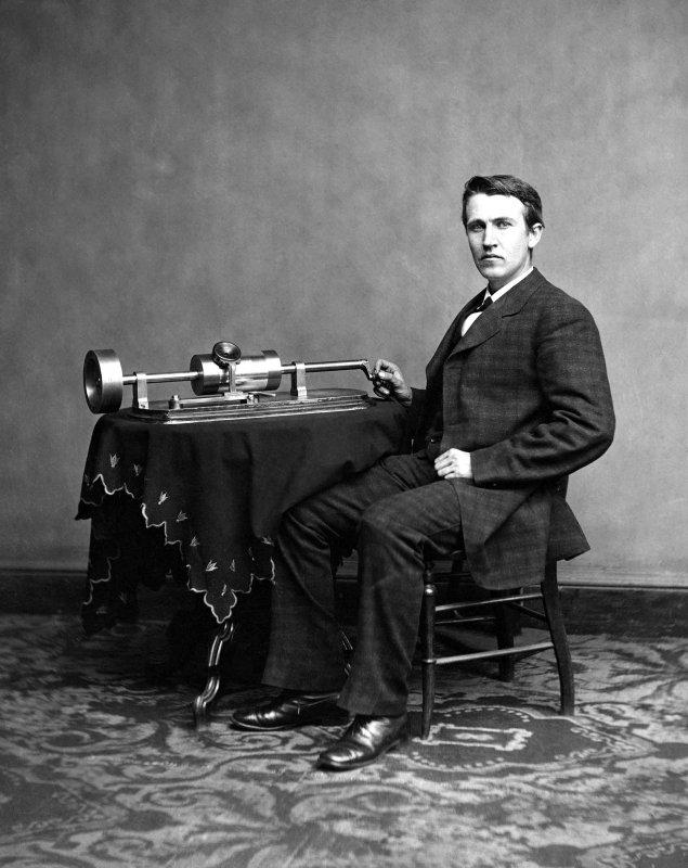 Edison_and_phonograph