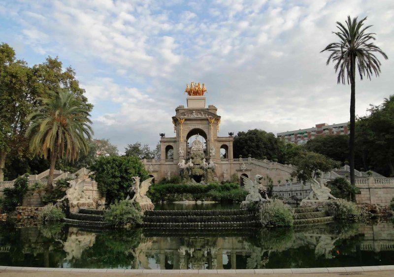 Ciutadella_Park_fountain