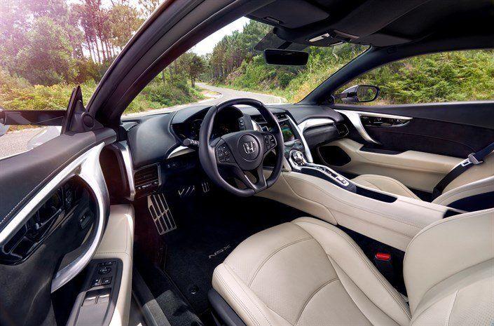 Nuova Honda NSX_HONDA_NSX_SILVER_interni_MilanoPlatinum