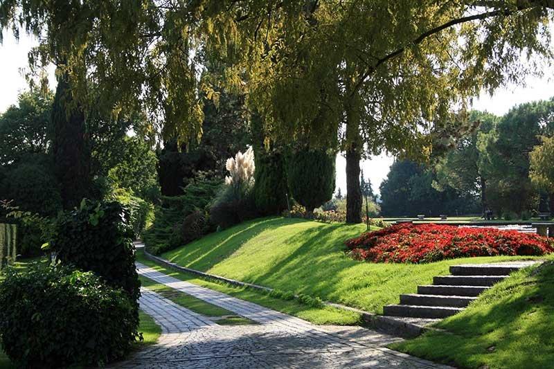 Parco Giardino Sigurtà_parco-giardino-sigurta-(10)_viale_MilanoPlatinum