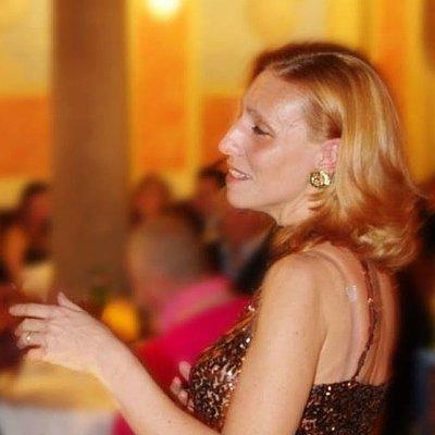 Pavarotti Milano Restaurant Museum: una cena con le stelle della lirica_Monica Belcanto_MilanoPlatinum