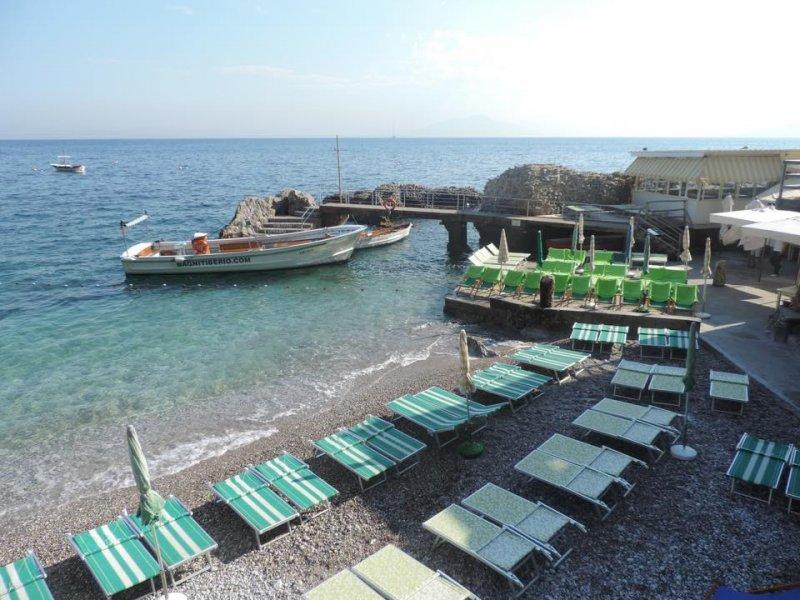 Spiagge per tutti i gusti_bagni di tiberio_MilanoPlatinum