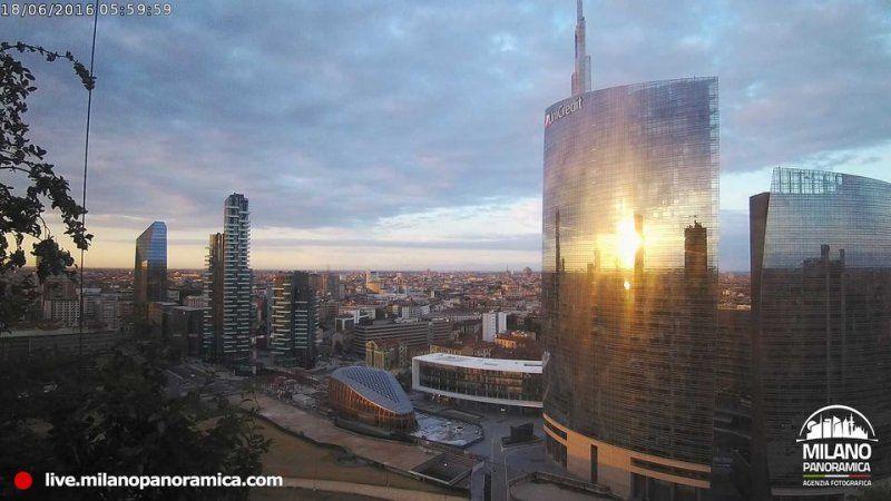 Il nuovo progetto di Milano Panoramica: la webcam al 20° piano del Bosco Verticale_panorama 3_MilanoPlatinum