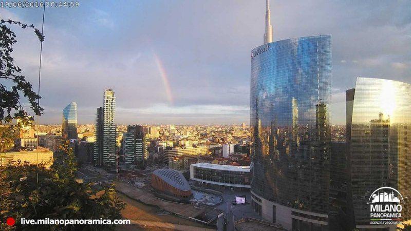 Il nuovo progetto di Milano Panoramica: la webcam al 20° piano del Bosco Verticale_panorama 4_MilanoPlatinum