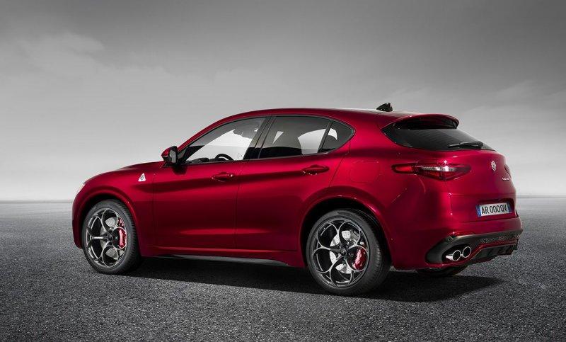 La nuova Alfa Romeo Stelvio_vista posteriore_MilanoPlatinum