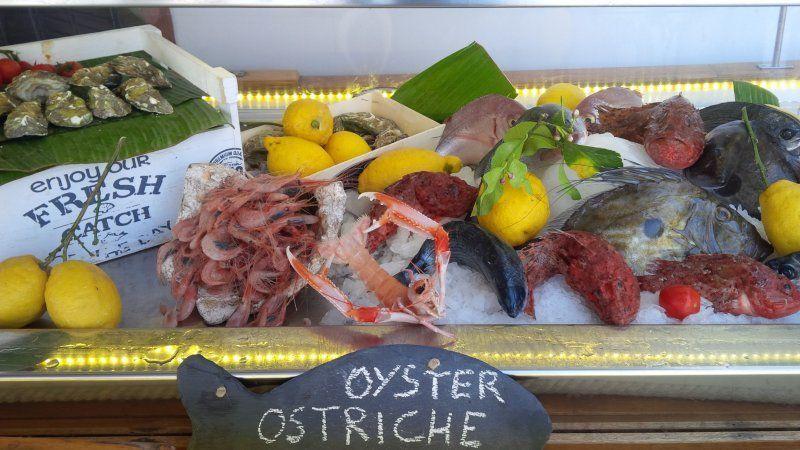 L'Approdo, assaporiamo l'isola di Capri_barchetta di pesce_MilanoPlatinum
