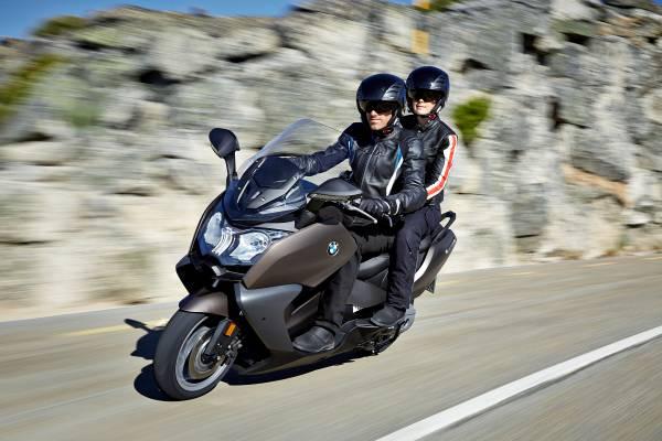 BMW C650 Sport e C 650 GT, maxi-scooter a confronto_GT ant_MilanoPlatinum