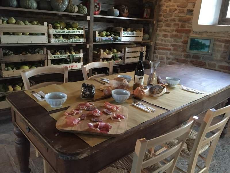 Antica-Corte-Pallavicina-Hosteria-del-Maiale-2