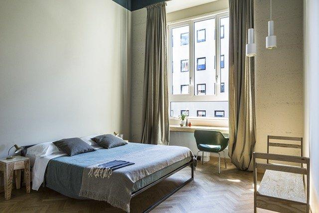 Apre a Milano casaBASE, la formula di ospitalità tra creatività e innovazione_camera_MilanoPlatinum
