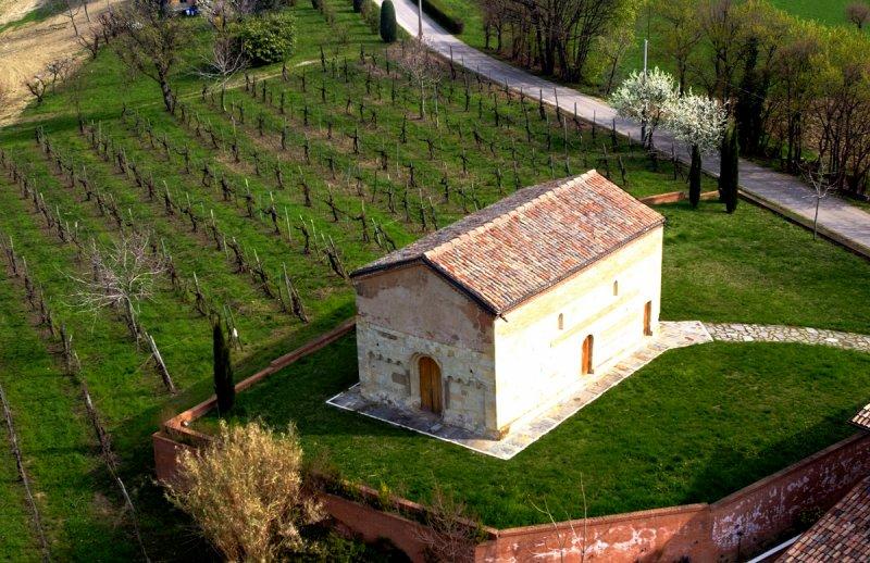 Castelvetro-di-Modena_-oratorio-San-Michele
