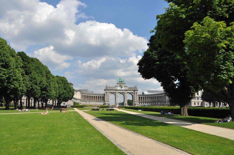 Expo_1897_Bruxelles_Cinquantenaire_Park_WikiCommons
