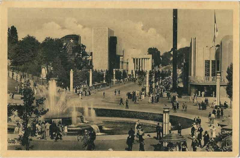 EXPO_Bruxelles_1935-C_By-Édition-Nouvelle---Bruxelles-(photographe-inconnu)-(Carte-postale---Postcard---Postkaart---Postkarte)-[Public-domain],-via-Wikimedia-Commons