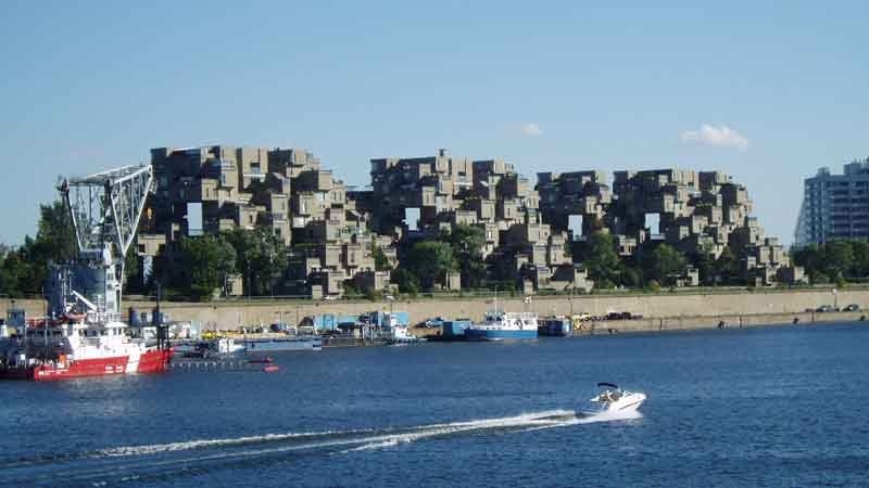 Habitat_67,_Montreal_By-Eberhard-von-Nellenburg-(de-Bild-Habitat)-[GFDL-or-CC-BY-SA-3.0],-via-Wikimedia-Commons