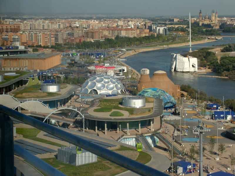 Expo_2008_Zaragoza_0_By-Grez-(Own-work)-[GFDL-or-CC-BY-SA-3.0],-via-Wikimedia-Commons