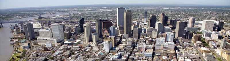 No_skyline_from_french_quarter_By-Gonk-(Own-work)-[Public-domain],-via-Wikimedia-Commons