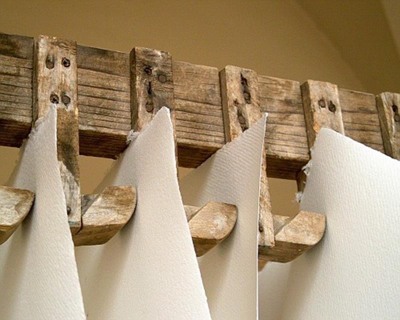 Museo della Carta di Fabriano - Carta a mano stesa ad asciugare