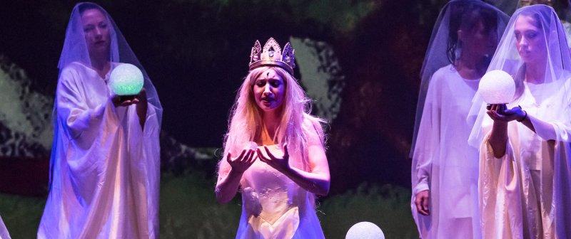 La-regina-delle-nevi-scuole-h630