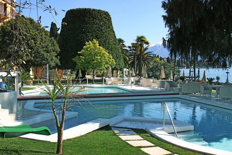 grand hotel fasano piscina