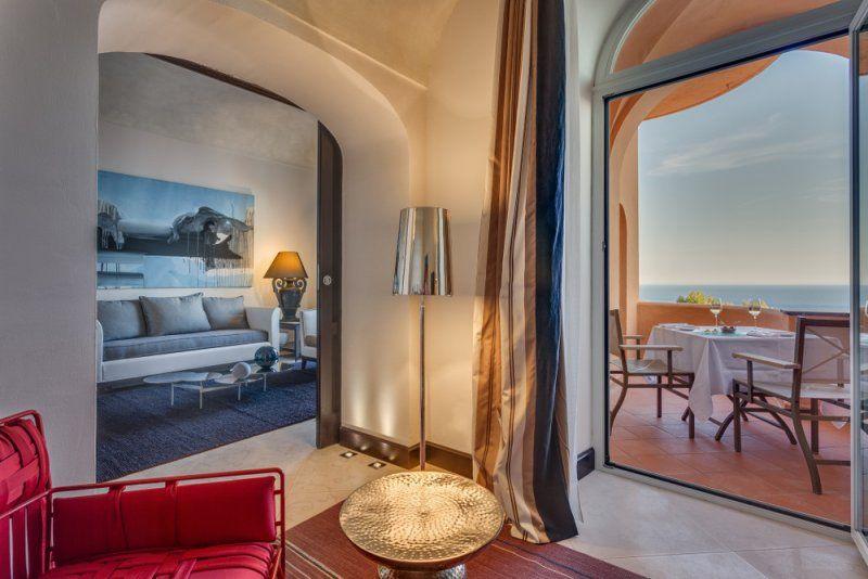 hotel-punta-tragara-MilanoPlatinum_soggiorno