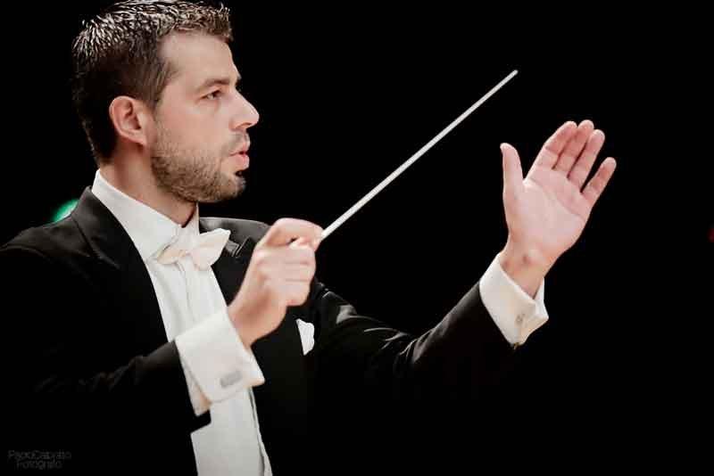 il-M°-Bignamini-dirige-laVerdi-con-Andrey-Baranov-al-violino-e-Andrea-Griminelli-al-flauto-17-set-2015---foto-Paolo-Dalprato-(29)
