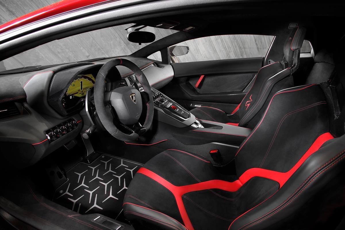 L'essenza di una super sportiva Lamborghini_interni_MilanoPlatinum