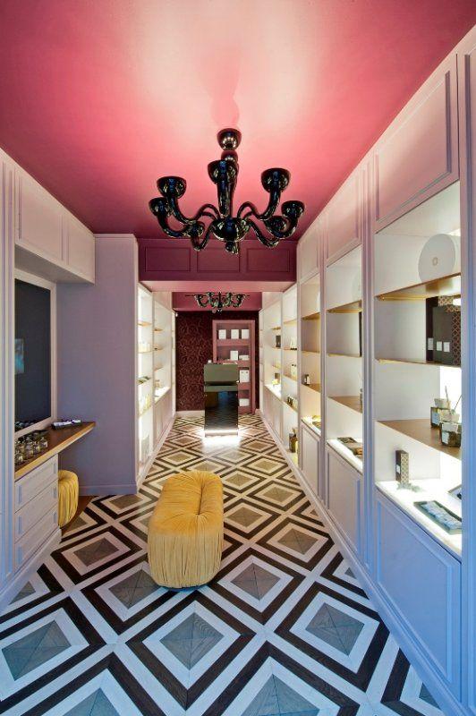 Un viaggio sensoriale all'interno della nuova boutique di Locherber Milano_ingresso_MilanoPlatinum