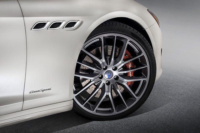 Nuova-Maserati-Quattroporte-restyling_cerchi-Gransport_MilanoPlatinum