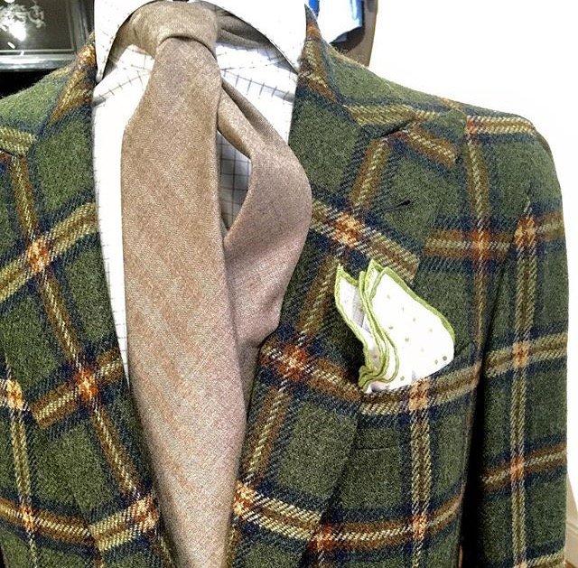 Tessuto italiano su modello inglese Massimo Pirrone_MilanoPlatinum