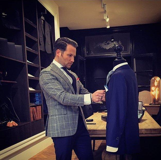 Tessuto italiano su modello inglese Massimo Pirrone_boutique_MilanoPlatinum
