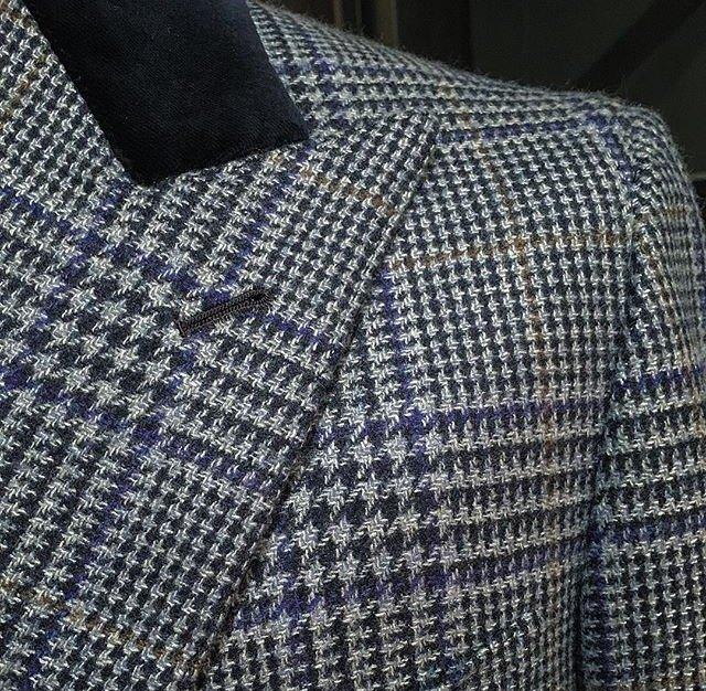 Tessuto italiano su modello inglese Massimo Pirrone_dettaglio_MilanoPlatinum