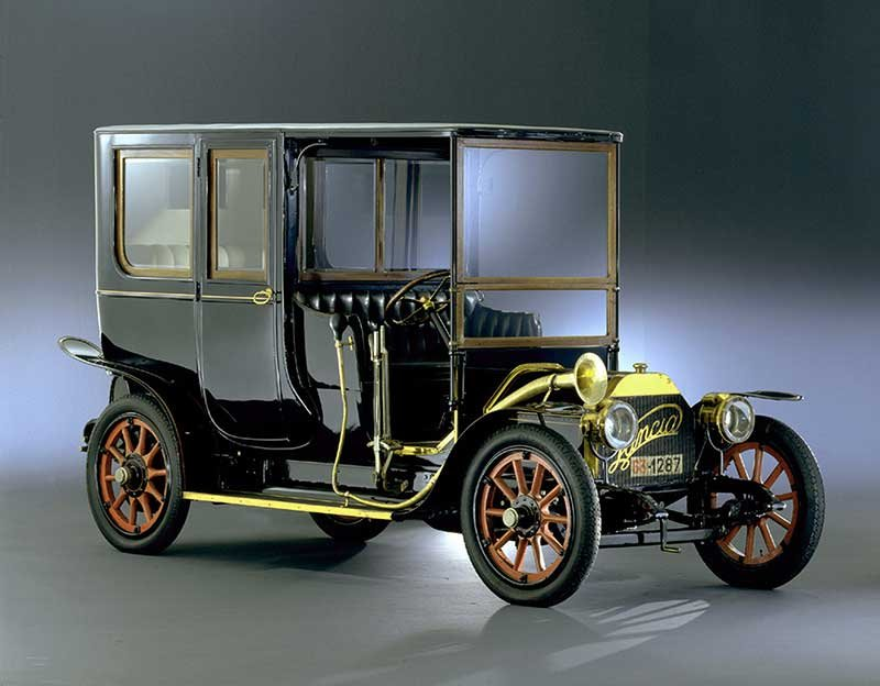 """FCA protagonista di """"Milano AutoClassica""""_lancia_12-hp-1907_MilanoPlatinum"""