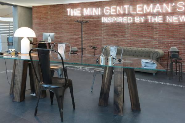 Mini capsule collection al Pitti Uomo_distance_MilanoPlatinum