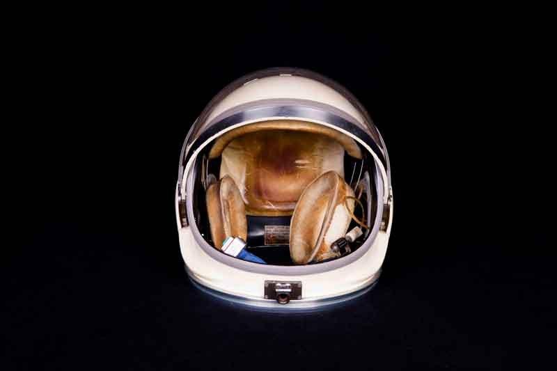 09.-NASA---A-Human-Adventure_Casco per astronauti della missione Gemini Photo courtesy of John Nurminen Events B.V