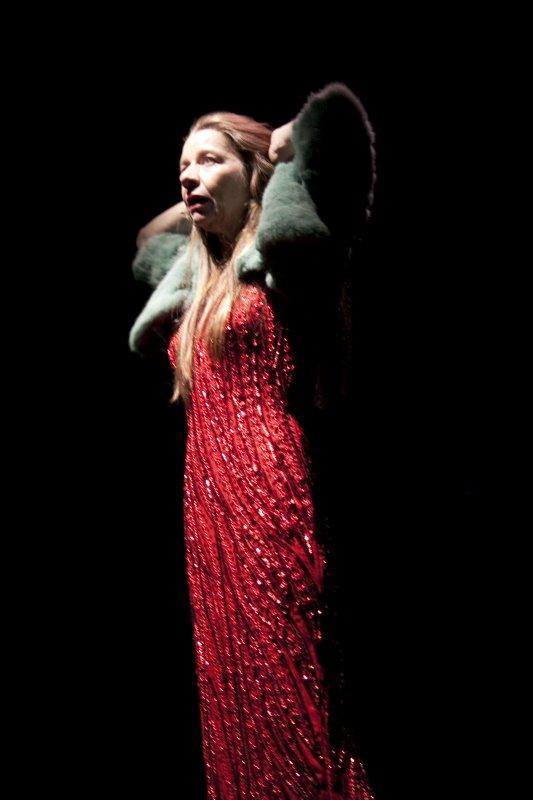 4-La-Gilda-del-Mac-Mahon-di-G.-Testori-regia-Lorenzo-Loris-Elena-Callegari-Foto-Dorkin