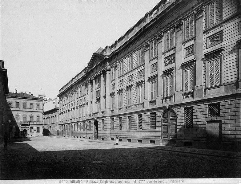 Palazzo Belgioioso - Giacomo Brogi [Public domain], via Wikimedia Commons