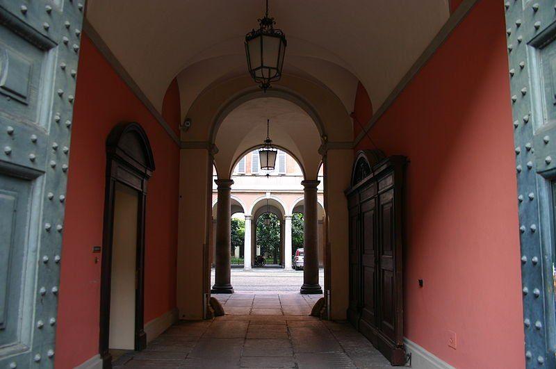 Palazzo Belgiojoso 02 - By G.dallorto (Own work) [CC BY-SA 2.5 it], via Wikimedia Commons