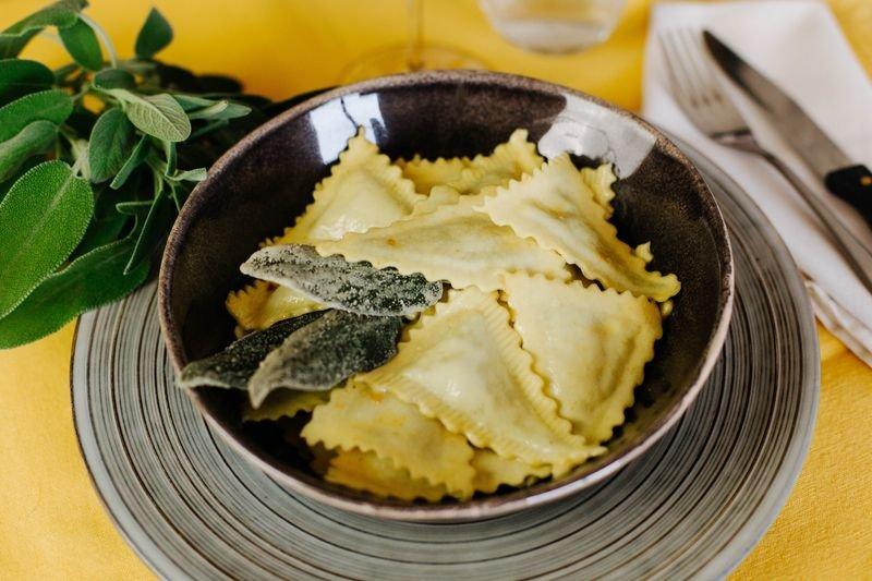 Pastificio-Baracco-pasta-ripiena-burro-e-salvia