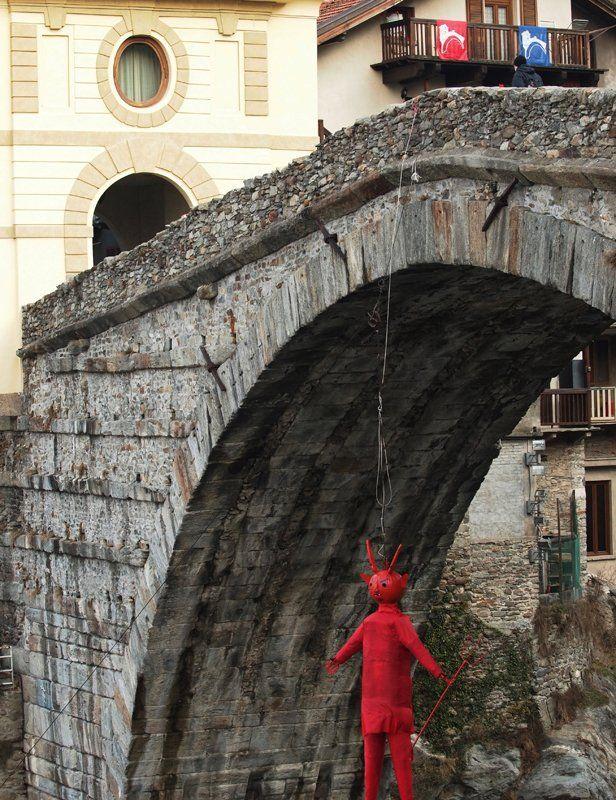 Carnevale a Pont-Saint-Martin 03 (www.carnevalepsm.it)