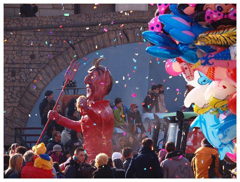 Carnevale a Pont-Saint-Martin 08 (www.carnevalepsm.it)