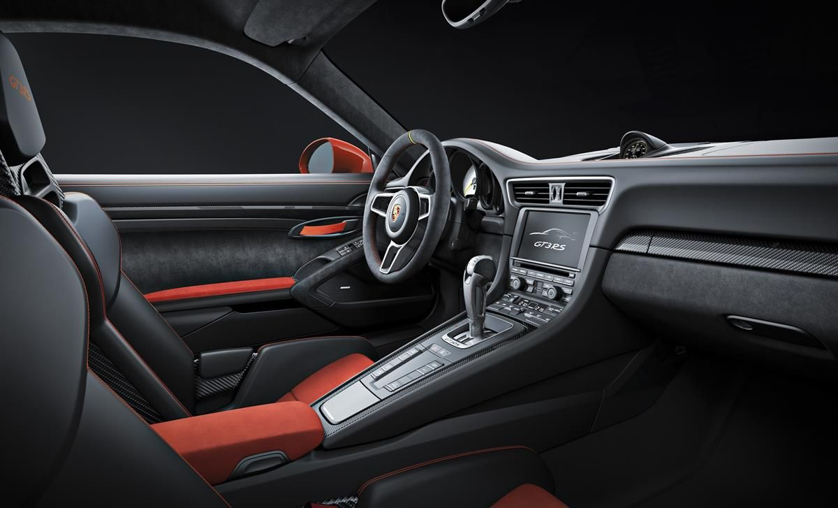 Porsche 911 GT3 RS: un bolide per tutti i giorni_interni_MilanoPlatinum
