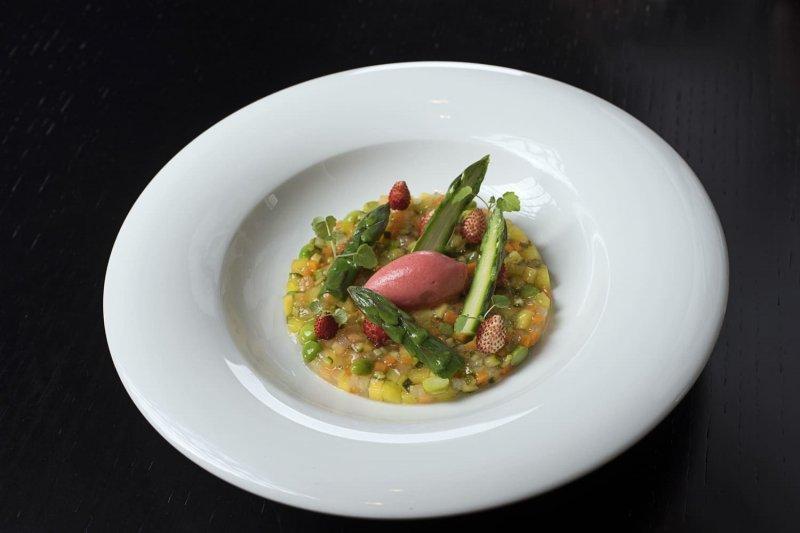 Al Ristorante Berton 8 insalate d'autore per il business lunch_8_MilanoPlatinum