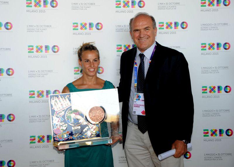 TANIA CAGNOTTO A EXPO MILANO 2015_Premio_MilanoPlatinum