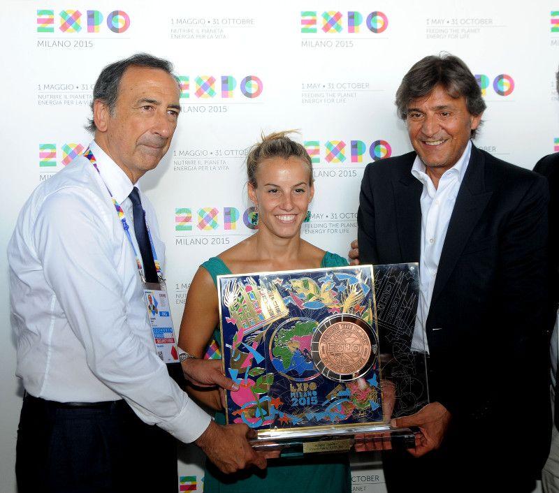 TANIA CAGNOTTO A EXPO MILANO 2015_foto di rito_MilanoPlatinum