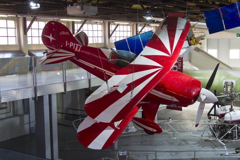 Volandia - Padiglione forme del volo biplano acrobatico pitts special