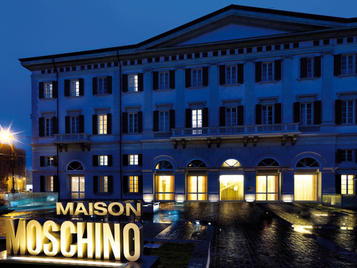 Maison Moschino Bar
