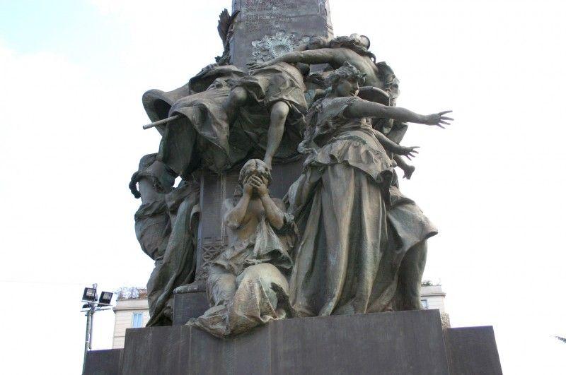 Monumento di Giuseppe Grandi alle Cinque Giornate
