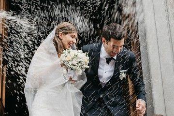 Lancio del riso agli sposi